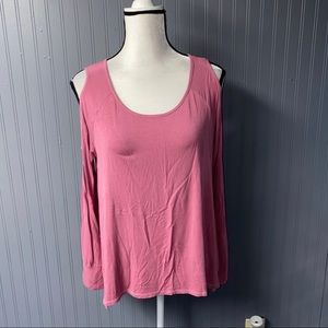 Women's American Eagle cold shoulder tee top small